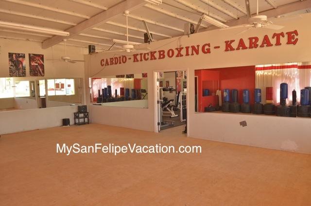 Squatts Gym San Felipe Baja Calliofrnia Mexico | Fitness Gym Image-3