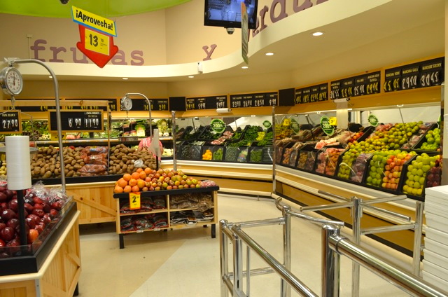 San Felipe Baja California grocery Store: Calimax Image-4