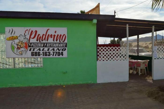 El Padrino Pizzeria Y Restaurante Image-5